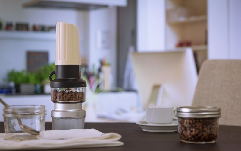 أسرار تنظيف الأجهزة الكهربائية الخاصة بتحضير القهوة في المنزل