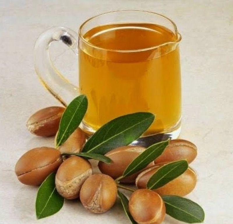 فوائد زيت الأركان المغربي على الجسم